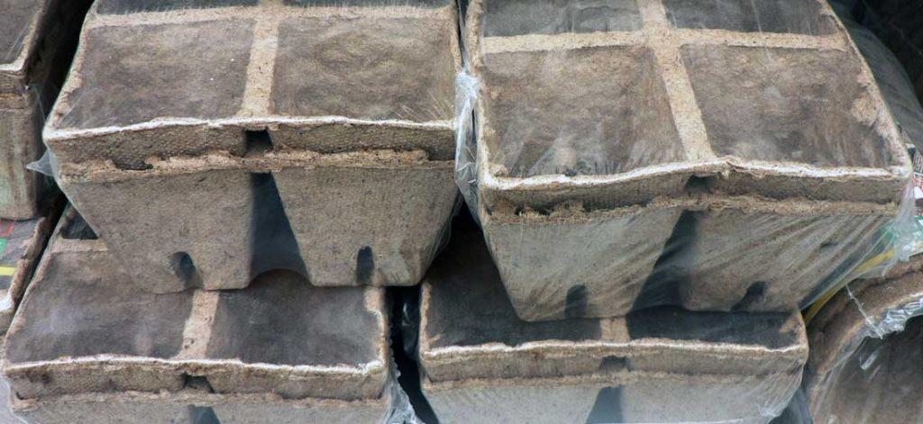 Rašelinocelulózové kořenáče v blocích