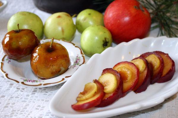 Jablka máčená v karamelu