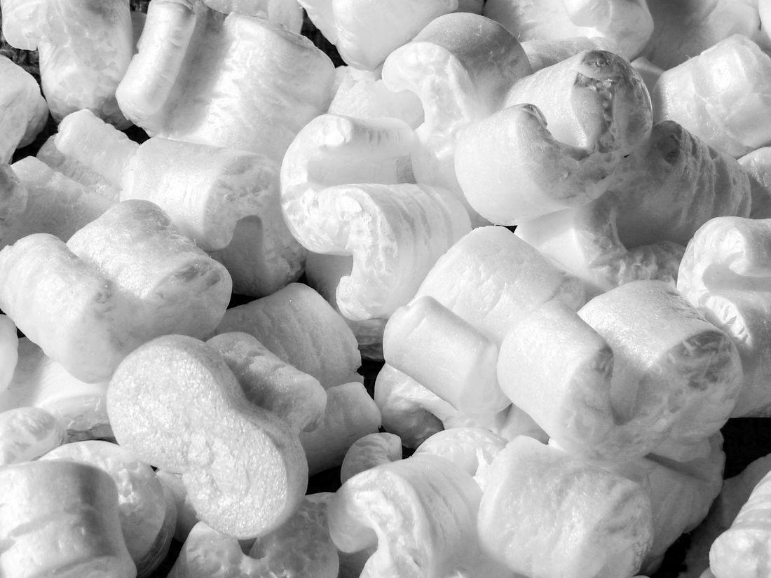 Sypký tepelný izolant z polystyrenu