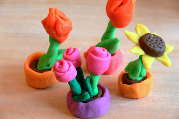 Květiny z modelíny