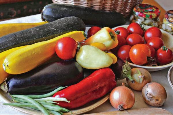 Směs zeleniny ze zahrádky